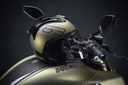 2021-Ducati-Diavel-1260-Lamborghini-37