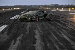 2021-Ducati-Diavel-1260-Lamborghini-49