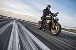 2021-Ducati-Diavel-1260-Lamborghini-66