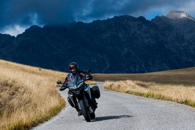 2021-Ducati-Multistrada-V4-S-10