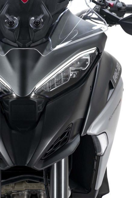 2021-Ducati-Multistrada-V4-S-35