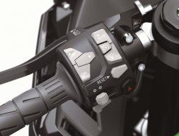 2021-Kawasaki-Ninja-ZX-10R-18