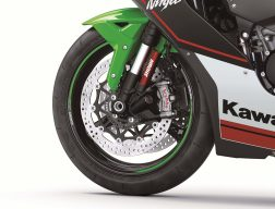 2021-Kawasaki-Ninja-ZX-10R-KRT-31