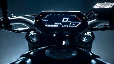 2021-Yamaha-MT-07-Europe-17