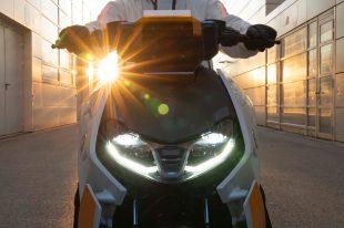BMW-Motorrad-Definition-CE-04-03