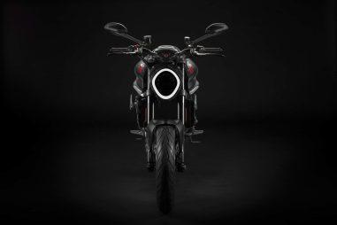 2021-Ducati-Monster-08