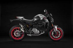 2021-Ducati-Monster-Plus-26