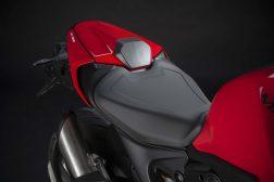 2021-Ducati-Monster-Plus-37