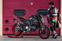 2021-Ducati-Monster-Plus-44