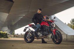 2021-Ducati-Monster-Plus-55