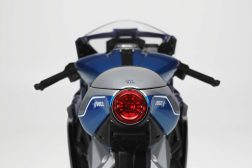 MV-Agusta-Superveloce-Alpine-limited-edition-06