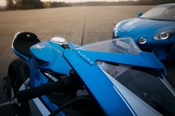 MV-Agusta-Superveloce-Alpine-limited-edition-40