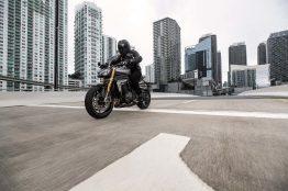 2021-Triumph-Speed-Triple-1200-RS-15
