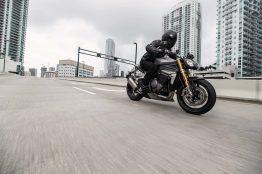 2021-Triumph-Speed-Triple-1200-RS-16