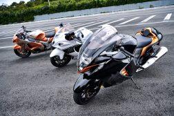 2022-Suzuki-Hayabusa-action-47