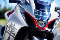 2022-Suzuki-Hayabusa-action-53