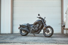 Honda-Rebel-1100-black-03