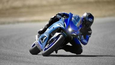 2022-Yamaha-YZF-R7-europe-03