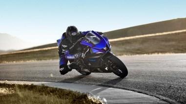 2022-Yamaha-YZF-R7-europe-06