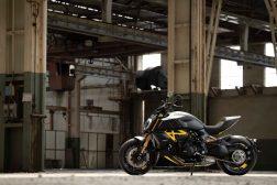 Ducati-Diavel-1260-S-Black-and-Steel-02