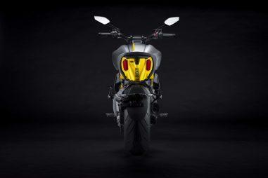 Ducati-Diavel-1260-S-Black-and-Steel-10