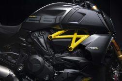 Ducati-Diavel-1260-S-Black-and-Steel-22