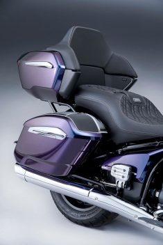 2022-BMW-R18-B-Transcontinental-10