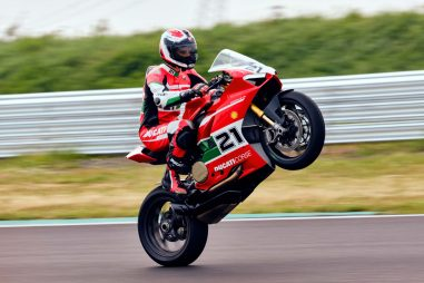 Ducati-Panigale-V4-Troy-Bayliss-30
