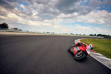 Ducati-Panigale-V4-Troy-Bayliss-48