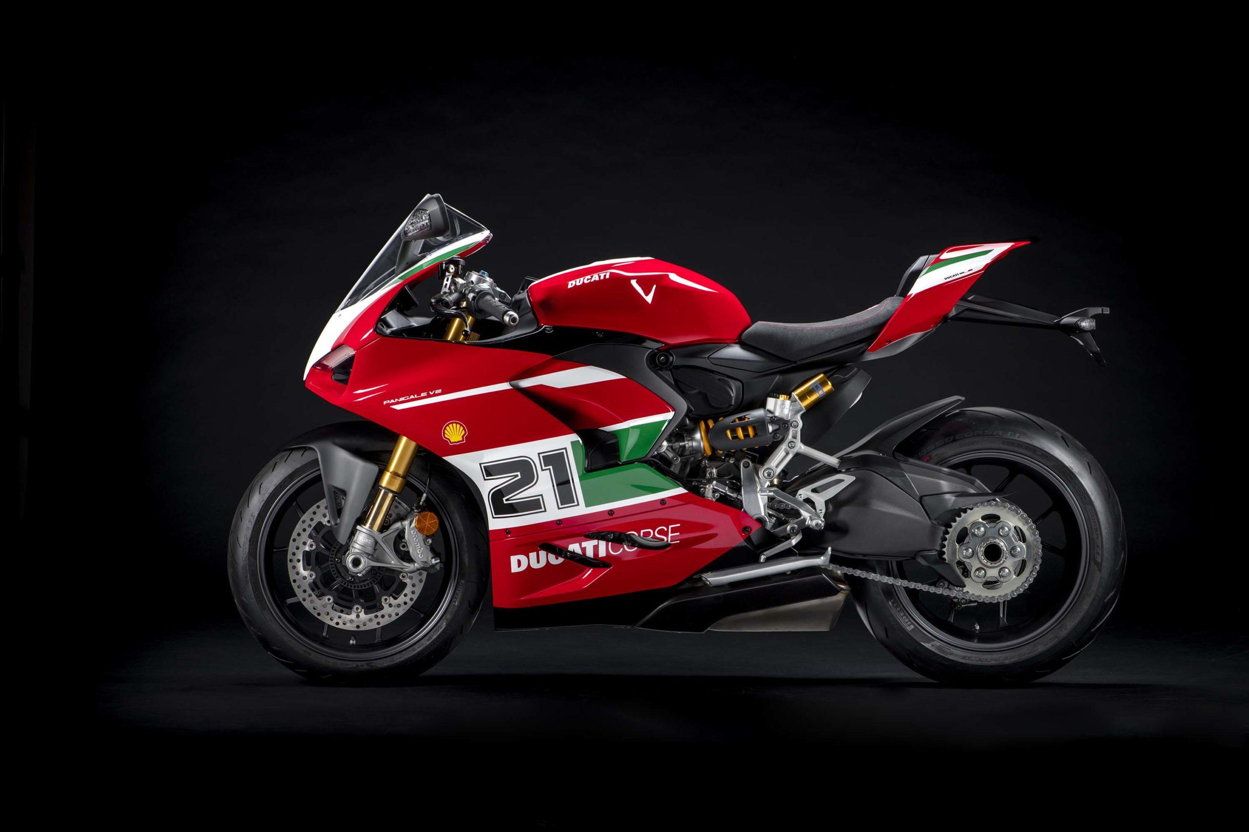 Ducati-Panigale-V4-Troy-Bayliss-52-scale