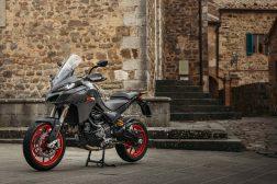 2022-Ducati-Multistrada-V2-07