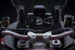 2022-Ducati-Multistrada-V2-39