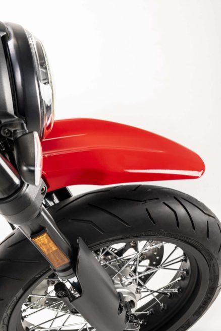 Ducati-Scrambler-Urban-Motard-12