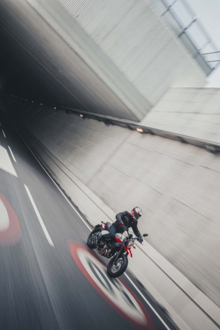 Ducati-Scrambler-Urban-Motard-31