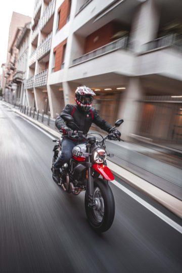 Ducati-Scrambler-Urban-Motard-38
