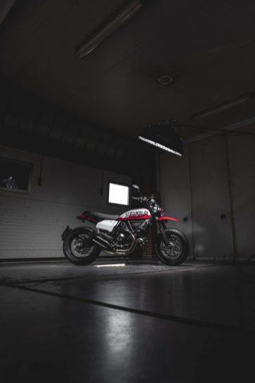 Ducati-Scrambler-Urban-Motard-47