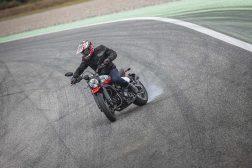 Ducati-Scrambler-Urban-Motard-65