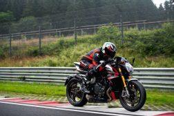 MV-Agusta-Brutale-1000-Nurburgring-action-02
