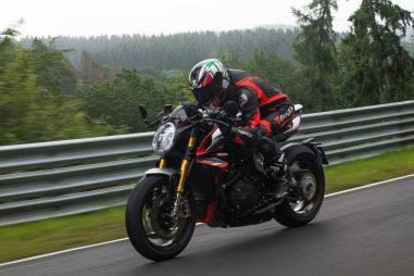 MV-Agusta-Brutale-1000-Nurburgring-action-04