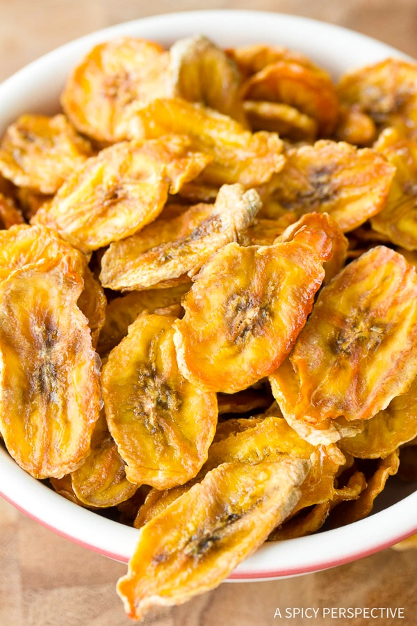 Healthy Baked Banana Chips - A Spicy Perspective