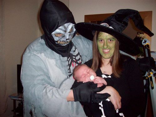 Halloween family dress up outfits