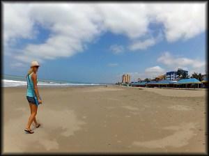 Auti atacames beach photo