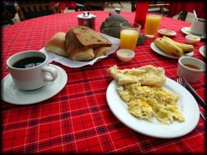 canoa breakfast