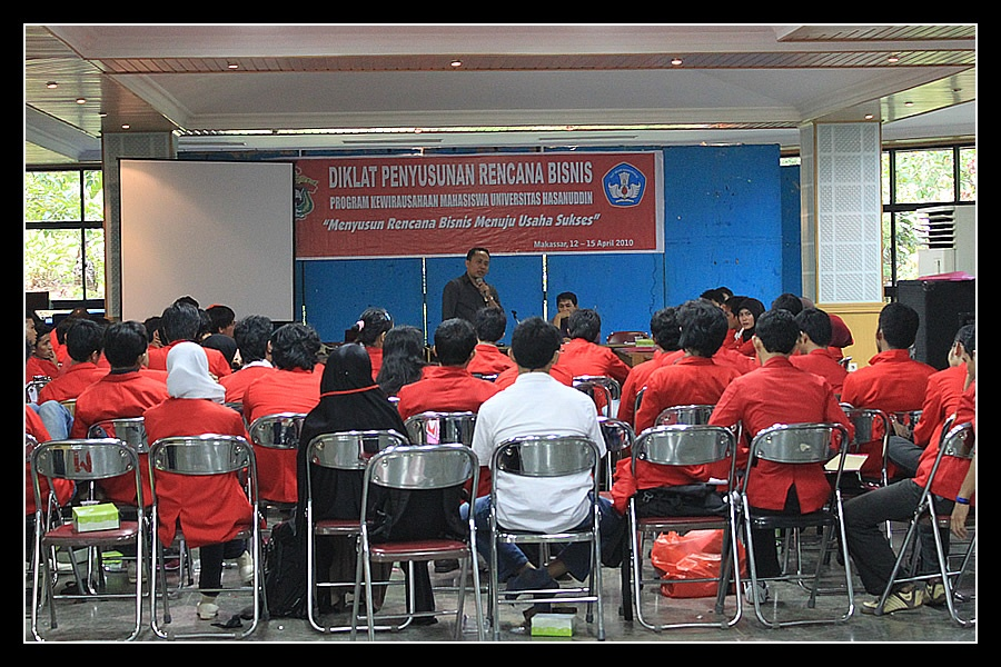 Program Wirausaha Mahasiswa Unhas 2010