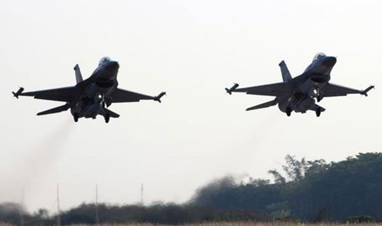 الإمارات تندد من إقتراب طائرات قطرية مقاتلة من طائراتها المدنية