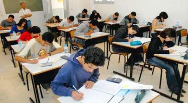 الحكومة تتدارس مرسوم تنفيذ عقوبات حبسية في حق الغشاشين في الإمتحانات المدرسية