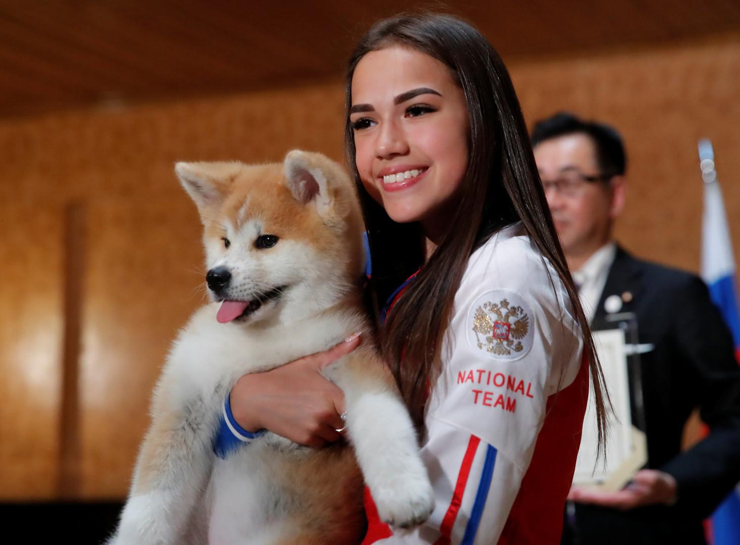 اليابان تهدي البطلة الأولمبية الروسية زاغيتوفا جروا من فصيلة نادرة