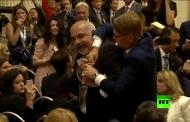 بالفيديو: إخراج صحفي بالقوة من قاعة المؤتمر الصحفي لبوتين وترامب