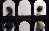 طلبة يقررون وضع عريضة إشهاد تبرئ الأستاذ المتهم بالتحرش بكلية المحمدية