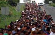 المهاجرون يذكرون ترامب بتاريخ والدته